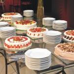 Tortas variadas Sonho de Valsa Bis e  Frutas